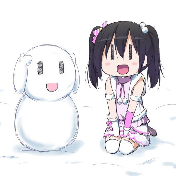 【冬の風物詩】雪だるま作ってる女子達の二次画像【31】