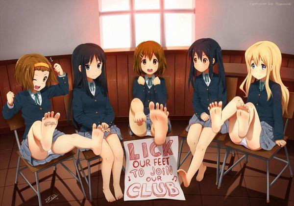 【二次】制服姿で裸足になってる女子高生達の微エロ画像【32】
