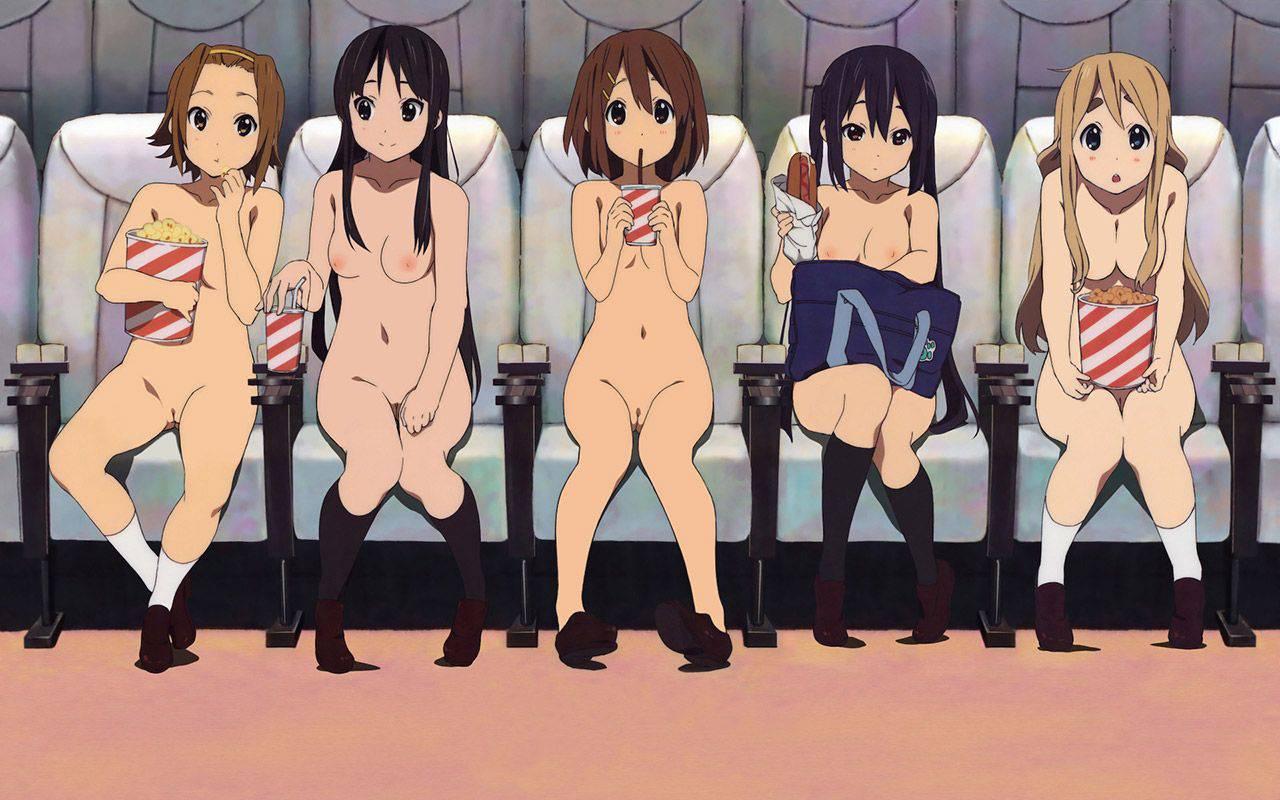 【ヌーディスト】恥じらい無く人前で全裸になってる二次野外露出画像【17】