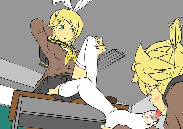 【それわかるー!】女の子の足を舐めさせられてる二次エロ画像【28】