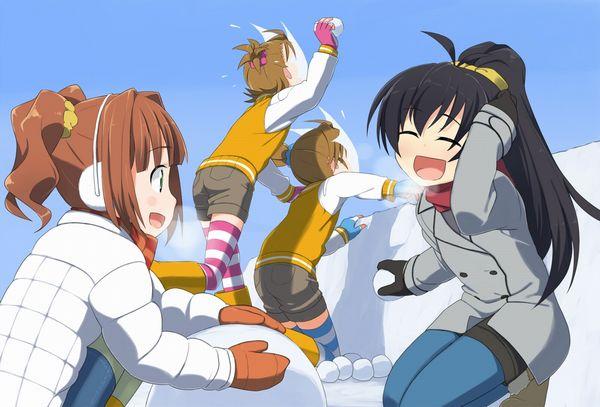 【冬の風物詩】雪だるま作ってる女子達の二次画像【22】
