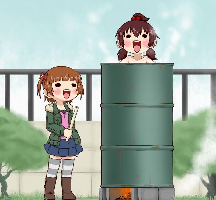 【キャンプの定番】ドラム缶風呂に入ってる女子達の二次エロ画像【10】