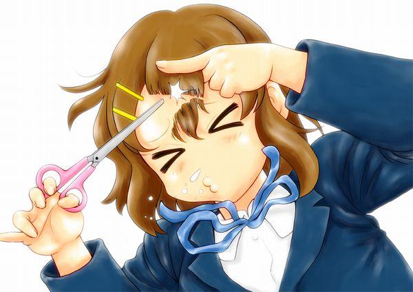 【切りすぎ注意】前髪等のセルフカットに挑戦する女子達の二次画像【8】