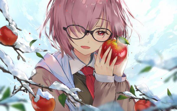 【日本ではまず見ない光景】りんごをそのままかじる女の子の二次画像【28】