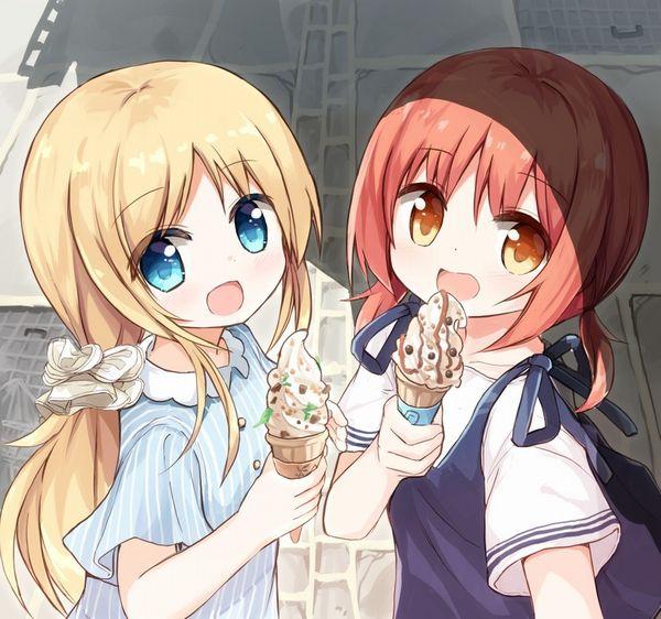 【マックなら100円】ソフトクリーム食べてる女の子達の二次画像【20】