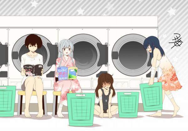【布団も洗えて便利】コインランドリーと女の子の二次画像【3】