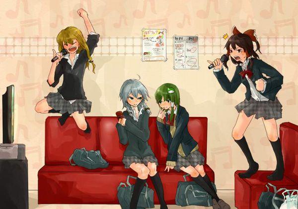 【放課後の定番】カラオケを楽しむ女子高生達の二次画像【4】
