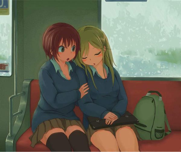 【お疲れ】電車内で寝ちゃってる女子達の二次画像【8】