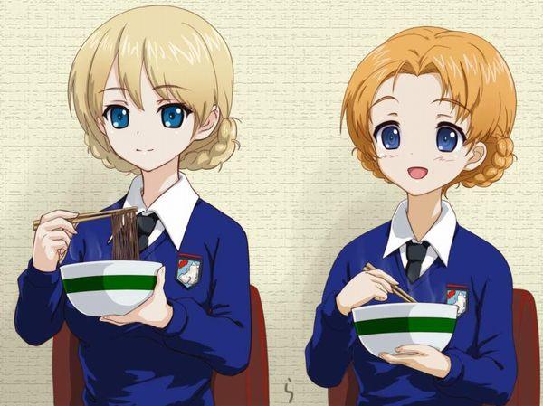 【年越し】蕎麦を食べてる女子達の二次画像【15】