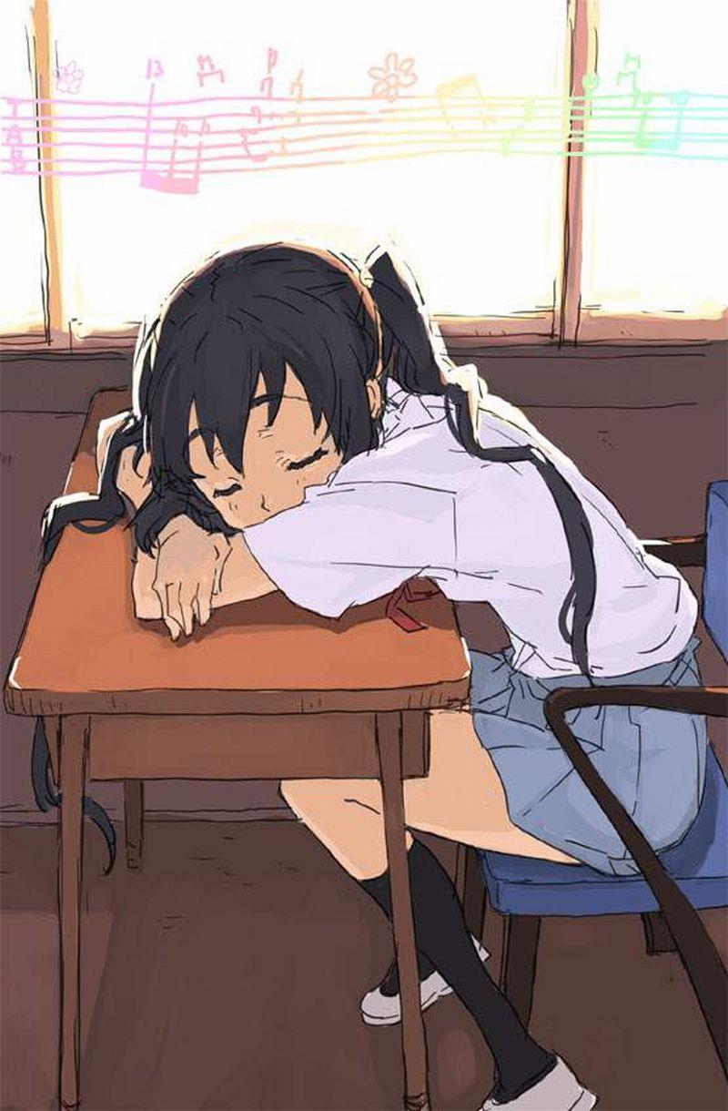 【仮眠】デスクに突っ伏してうたた寝してる女子たちの二次画像【4】