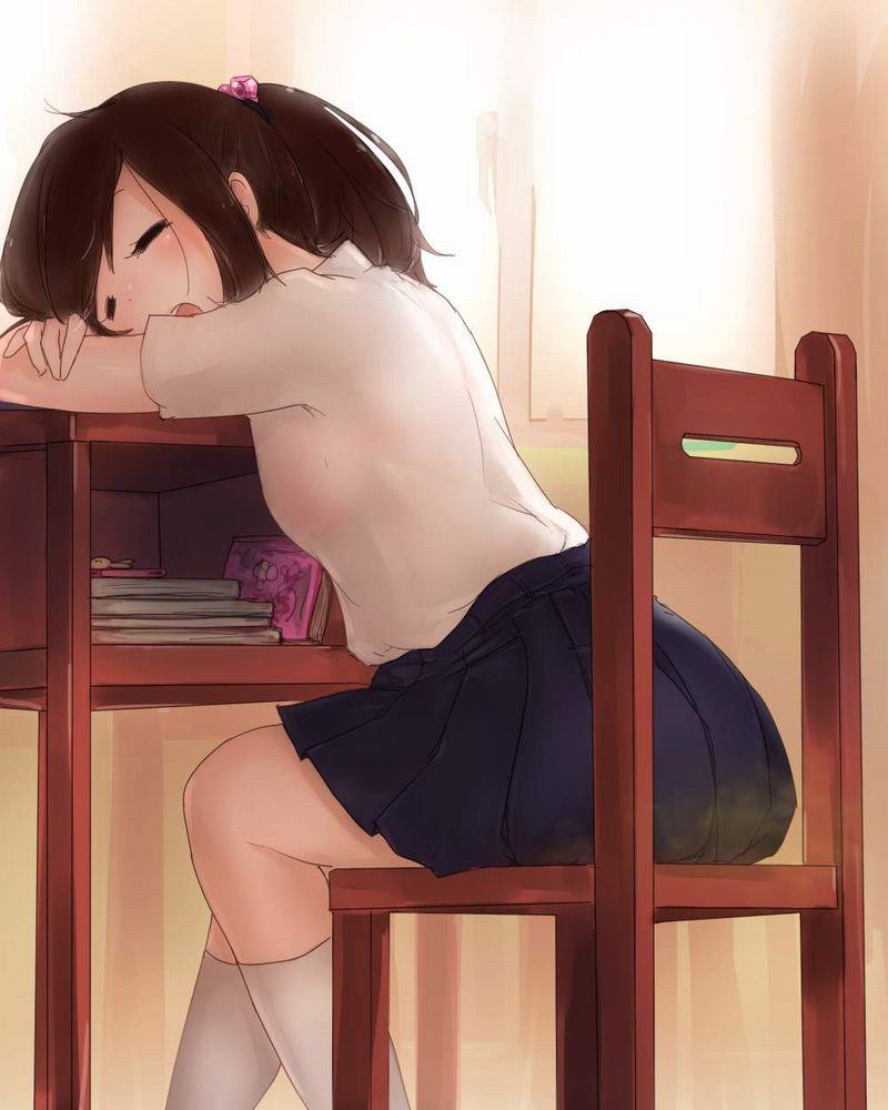 【仮眠】デスクに突っ伏してうたた寝してる女子たちの二次画像【6】
