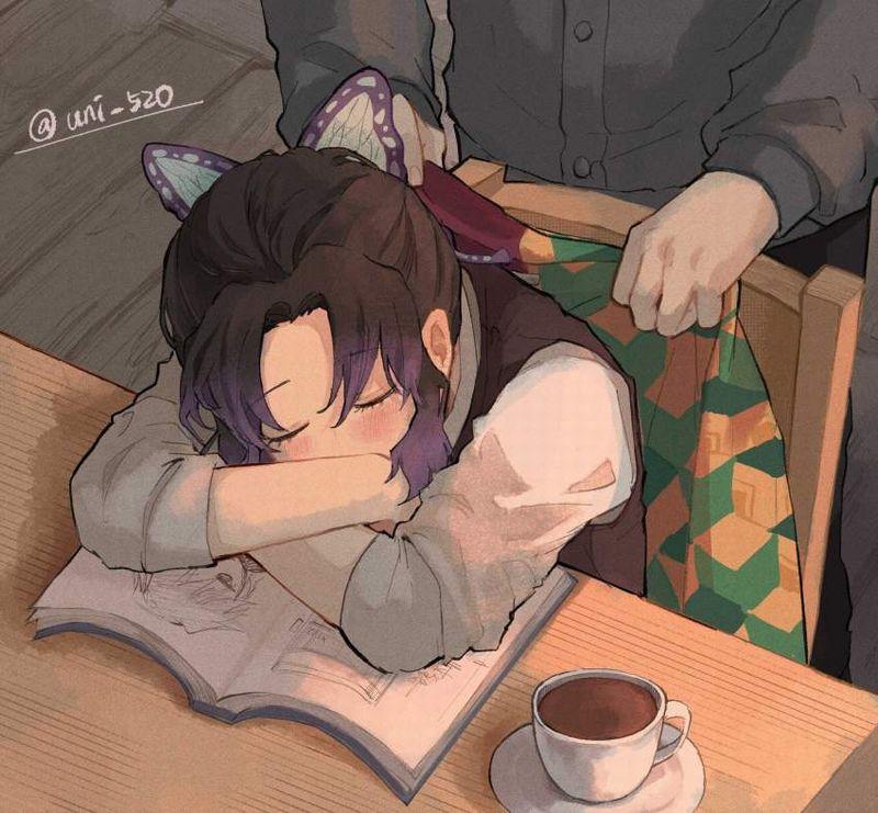 【仮眠】デスクに突っ伏してうたた寝してる女子たちの二次画像【24】